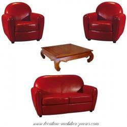 Location 2 fauteuils 1 canapé rouge et 1 table basse