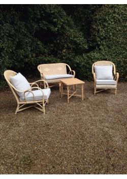 d co priv com location tables et chaises mobilier de jardin. Black Bedroom Furniture Sets. Home Design Ideas