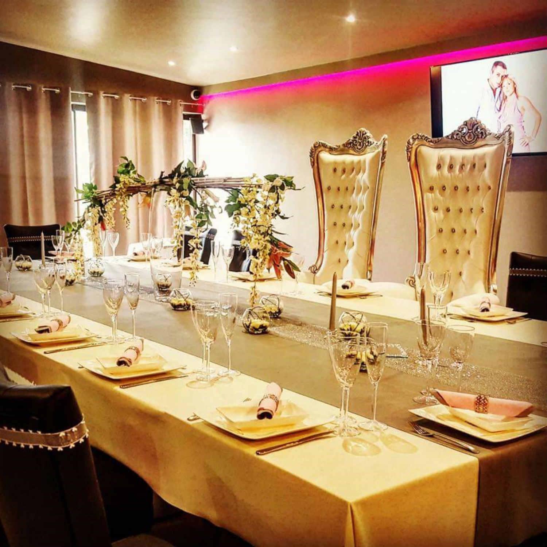 Fauteuil de table restaurant jn36 jornalagora - Location de meubles design ...