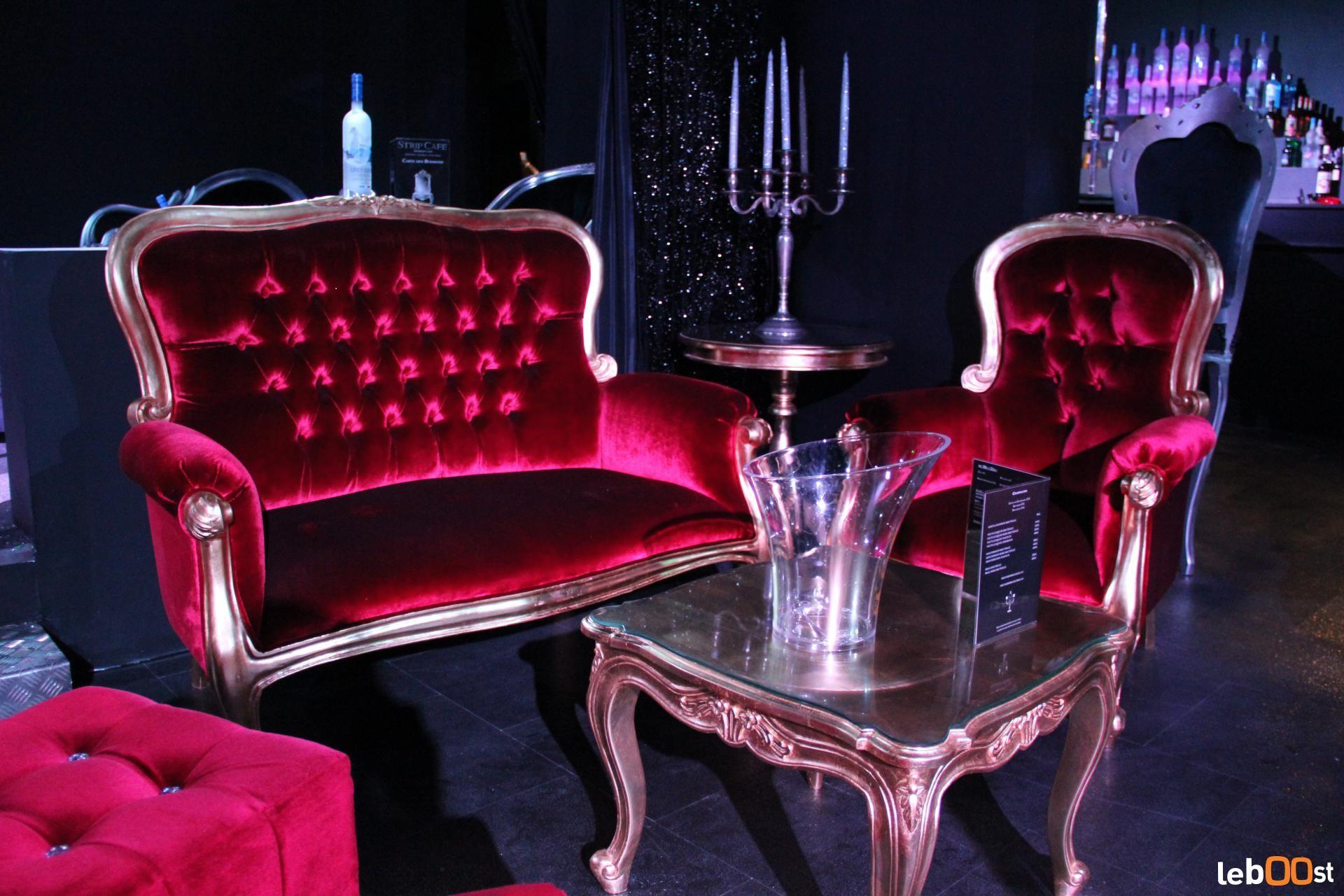 Du meuble baroque au mobilier design location pour for Salon du mobilier paris