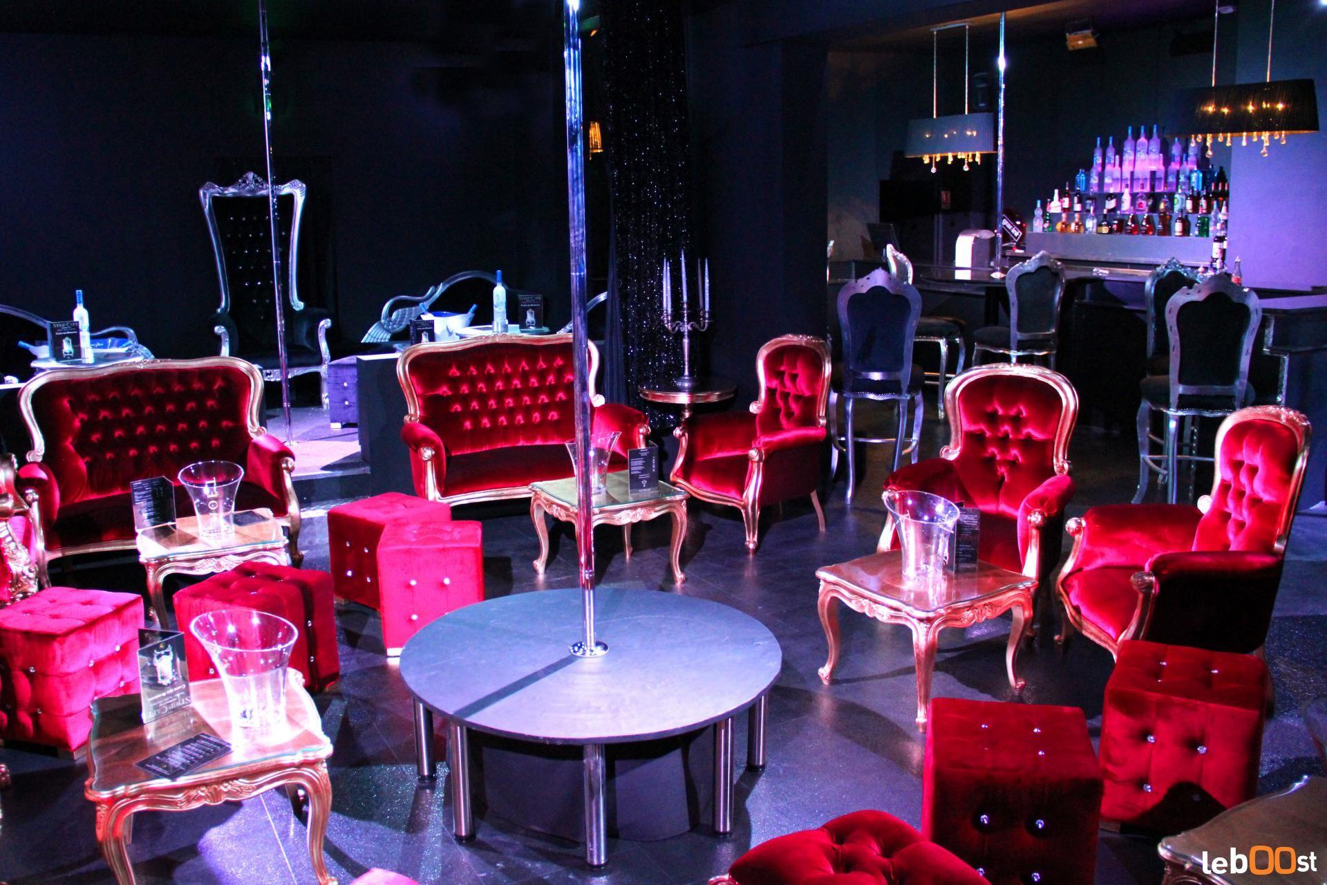 Du meuble baroque au mobilier design location pour for Location de meuble paris