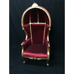 Locatin fauteuil carosse velours rouge et bois doré H170 cm