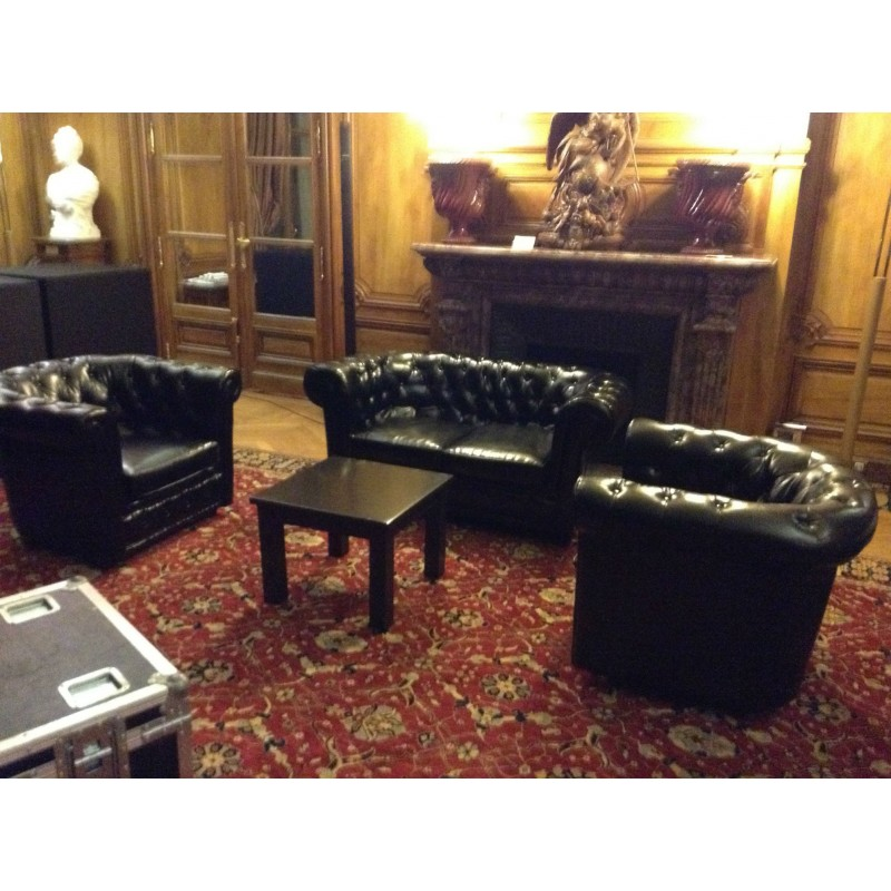Location canap chesterfield 2 places cuir noir for Canape chesterfield