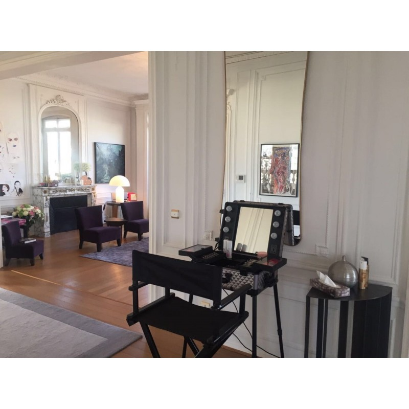 location de table maquillage professionnelle. Black Bedroom Furniture Sets. Home Design Ideas