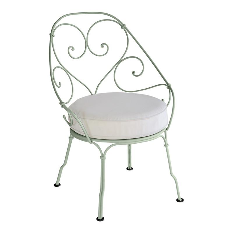 fauteuil de jardin en fer forg location de meubles. Black Bedroom Furniture Sets. Home Design Ideas