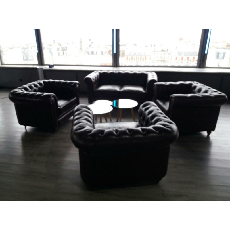 location fauteuil chesterfield cuir noir d co priv. Black Bedroom Furniture Sets. Home Design Ideas