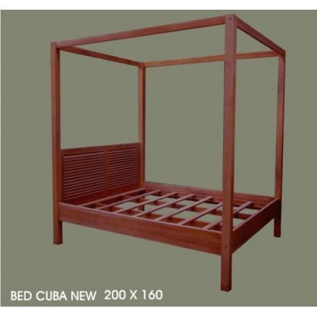 lit baldaquin comme dans films. Black Bedroom Furniture Sets. Home Design Ideas