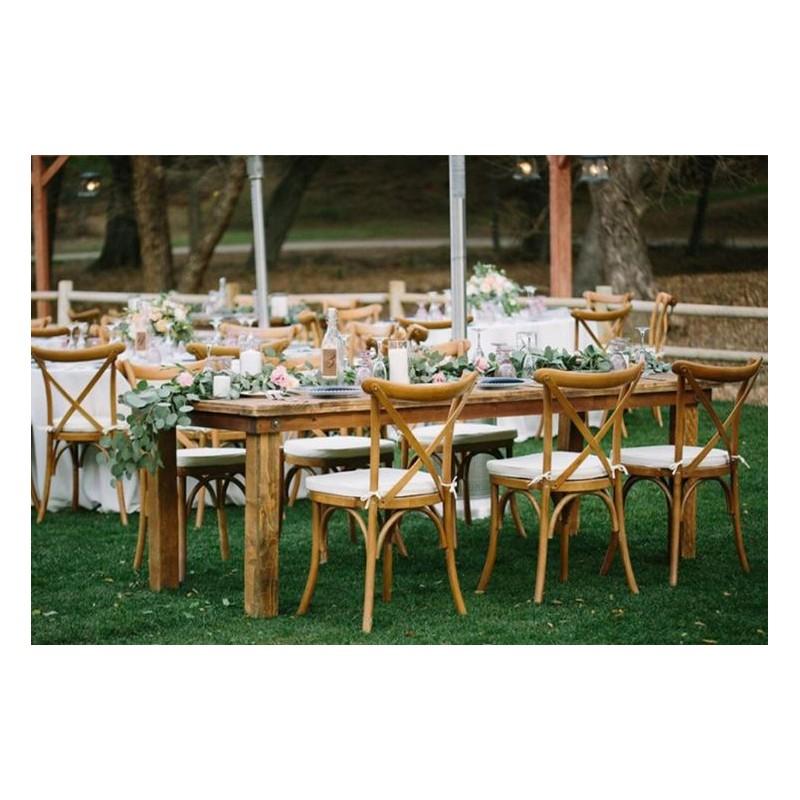 wedding in paris rental furnitures