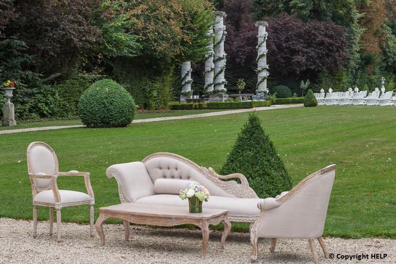 rental garden furniture in Paris France